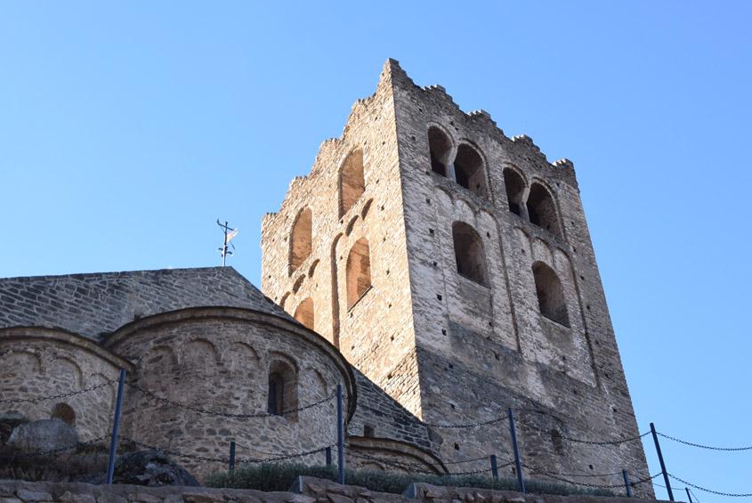 Fin des travaux de restauration à l'abbaye Saint-Martin-du-Canigou à Casteil (66), propriété de l'évêché de Perpignan.